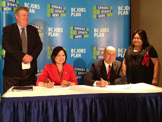 Ida Chong and Ellis Ross sign agreement