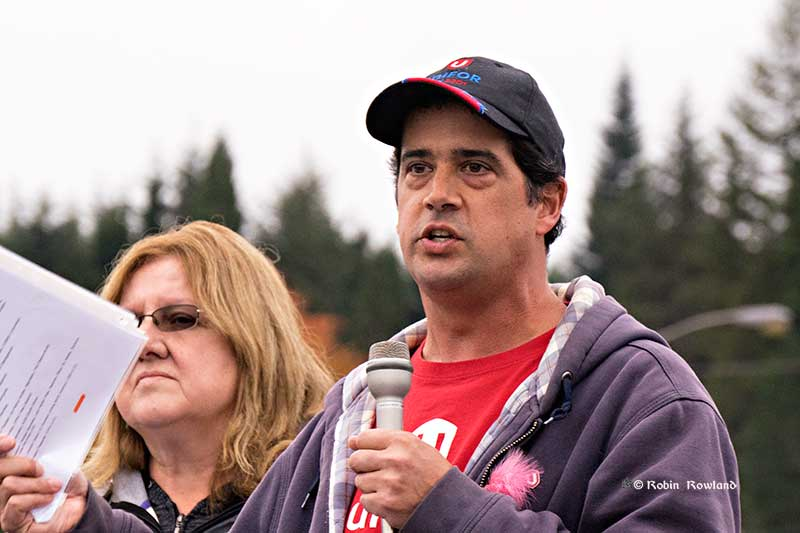 Unifor 2301 president Sean O'Driscoll addreses the Global Day of Action At Rio Tinto Rally at City Centre, Oct. 7, 2015. (Robin Rowland/Northwest Coast Energy News)